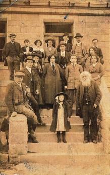 Gran Foggin's family?