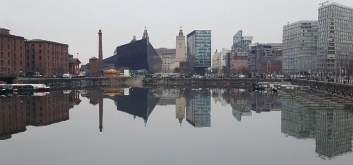 liverpool-albertdock-panorama