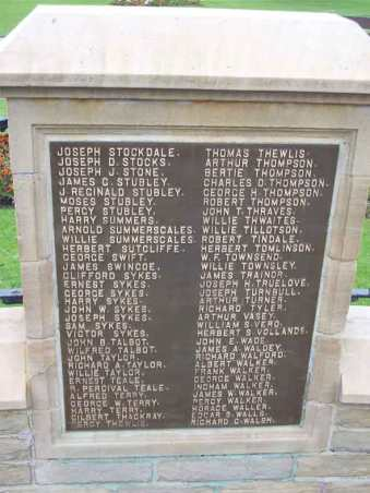 batley_war_memorial_Terry_Alfred.jpg